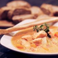 Fisksoppa med saffran och stjärnanis