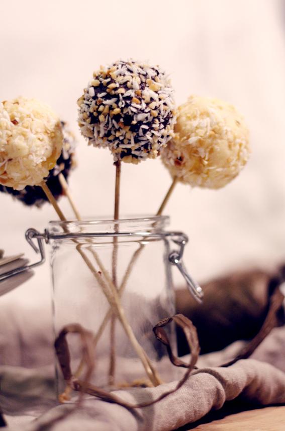 saffran cake pops saffran adventt pops saffran och choklad kaka bakbligg3