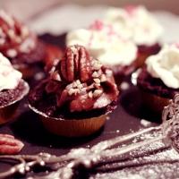Chokladmuffins med rödbetor och två olika frostings!