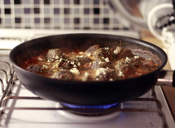 köttbullar i tomatsås meatbals