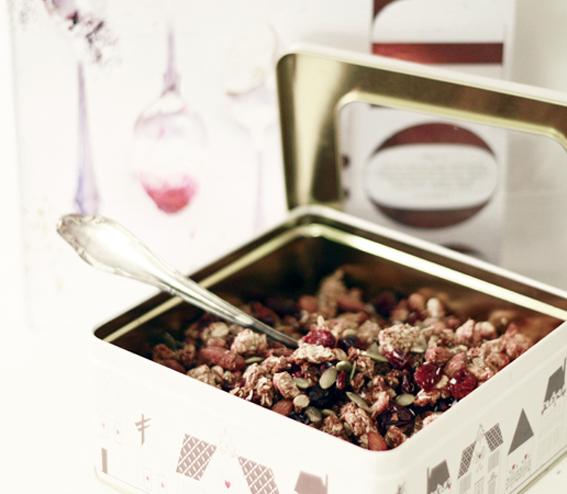 nyttig musli granola rostad musli tranbär