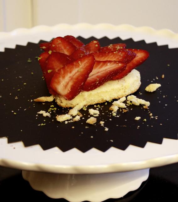 Fransk jordgubbsbakelse gontran cherrier