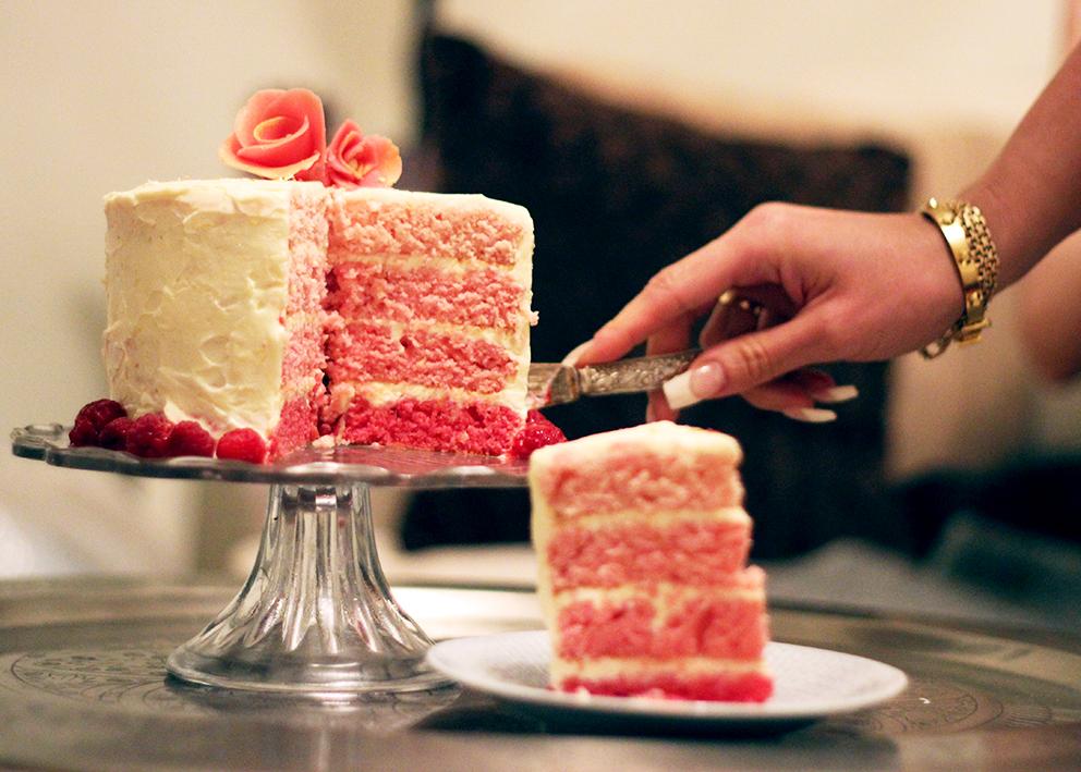 rosa tårta
