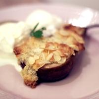 Mandelbakade päron med vaniljglass!